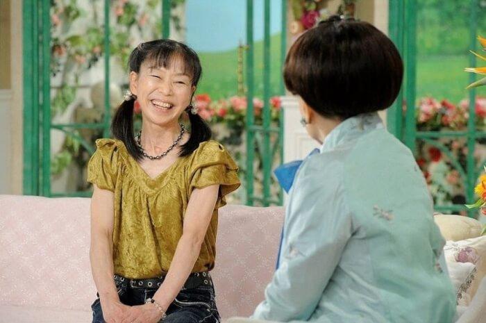 内村航平さんの母親・周子さんが『徹子の部屋』に出演した時の写真