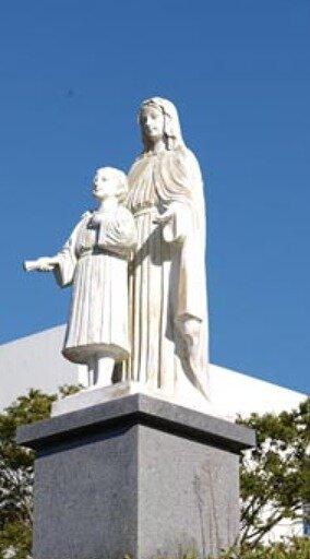 暁星国際学園にあるマリア像の画像