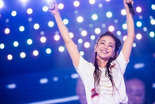 安室奈美恵さん引退ライブでの最後のシーン画像